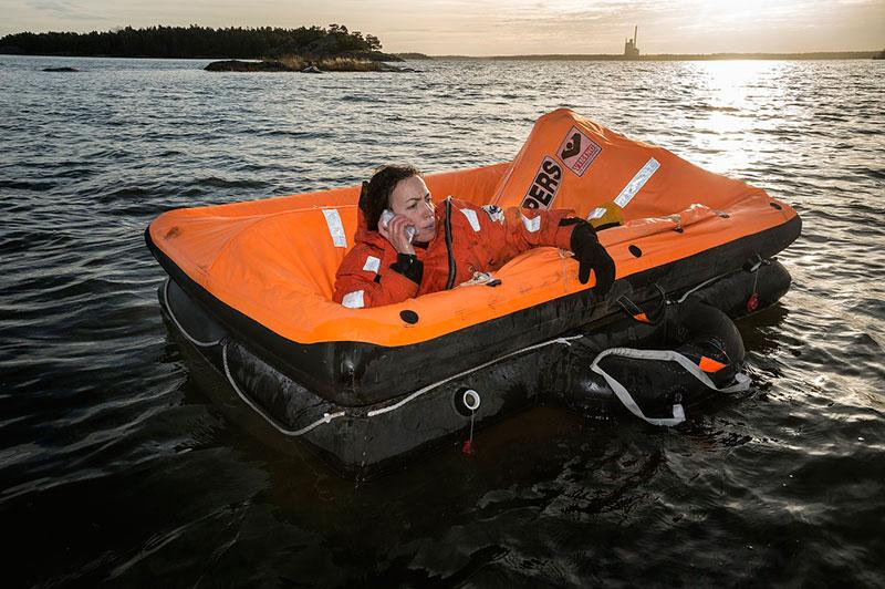 Tips för att klara en olycka till sjöss