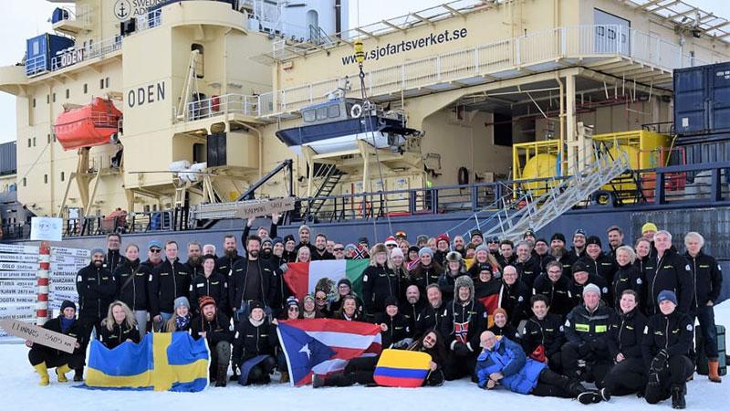 Isbrytaren Oden når Nordpolen för tionde gången