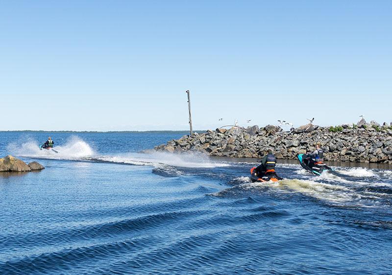 Båtorganisationerna: Regeringen tar inte helhetsgrepp på buskörningen på sjön